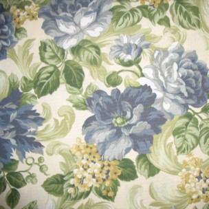Garden Scroll Delft - Spun Poly Fabric on Premium Cushions